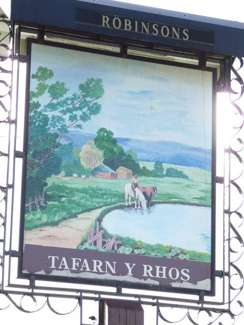 Tafarn-y-Rhos, Rhostrehwfa