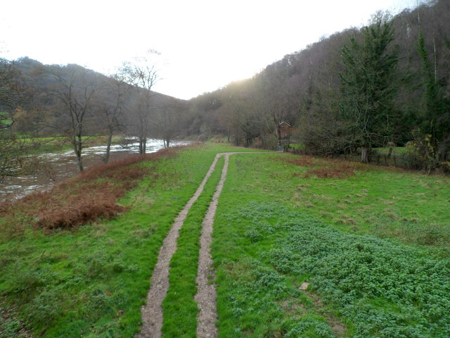 Double tracks head south from Bigsweir Bridge 