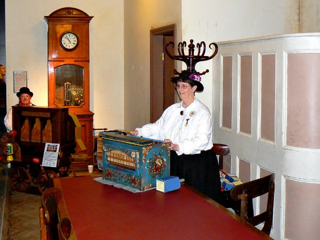 Musical entertainment, Steam Museum, Swindon