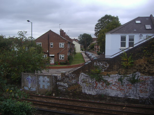 Railway between South and North Worple Way, Mortlake