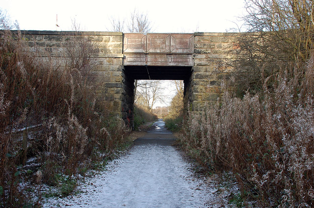 Bridge over the old railway, Edgefield