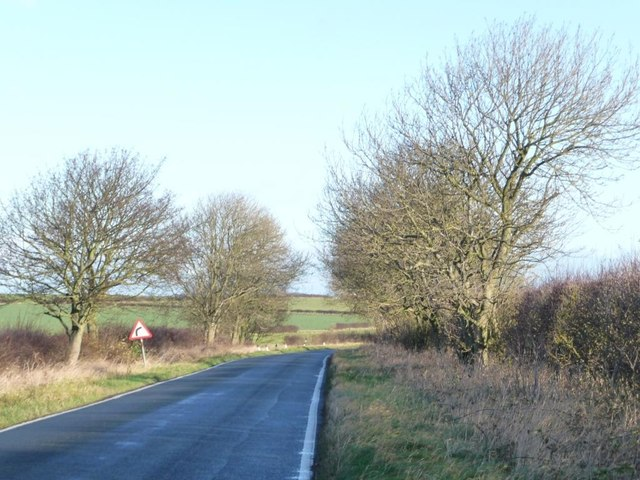 Warning of bend on the road to Hunmanby