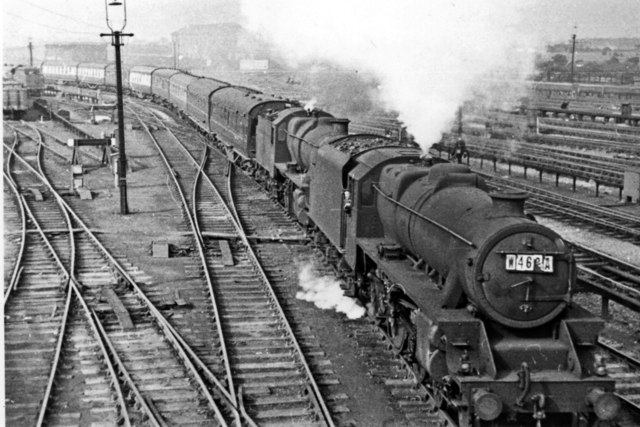 Relief express from North Wales via Chester entering Crewe