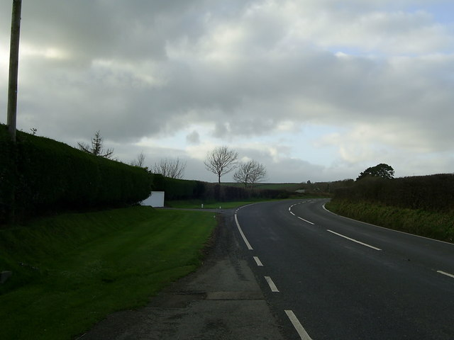 Bend in the A487