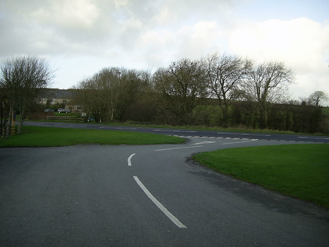 Road junction, Pelcomb Bridge