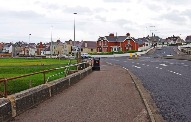 Junction of A2 and B185 roads, Portstewart