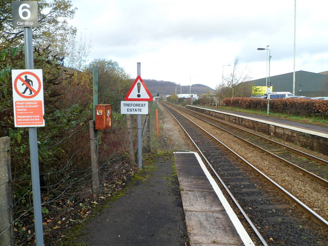 Unusual sign at the NW edge of Taffs Well railway station
