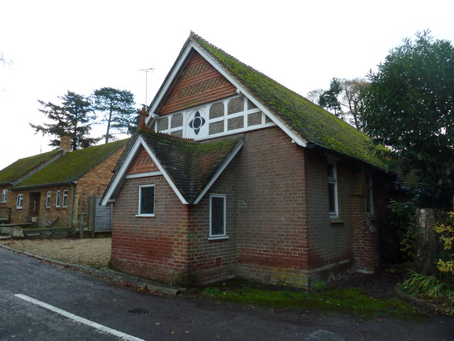 St Georges's Church in early December 2011