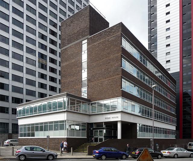 Addison Chapel Apartments: Hume House, Wade Lane, Leeds © Stephen Richards Cc-by-sa/2