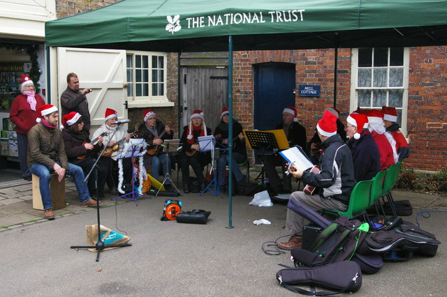 Festive ukulele band, Morden Hall Park, December afternoon