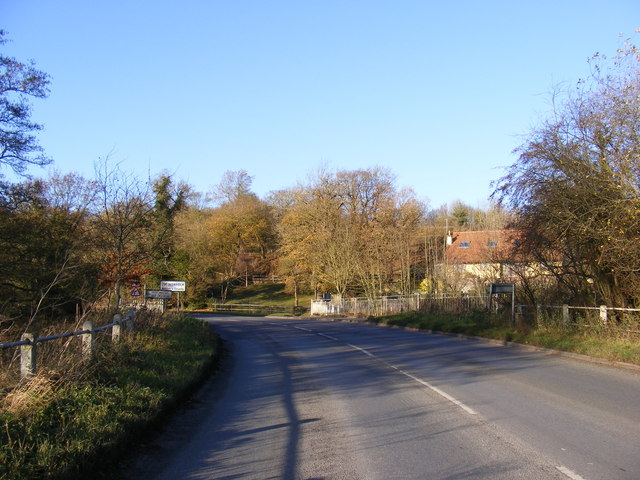 B1116 Harleston Road at Shotford Bridge