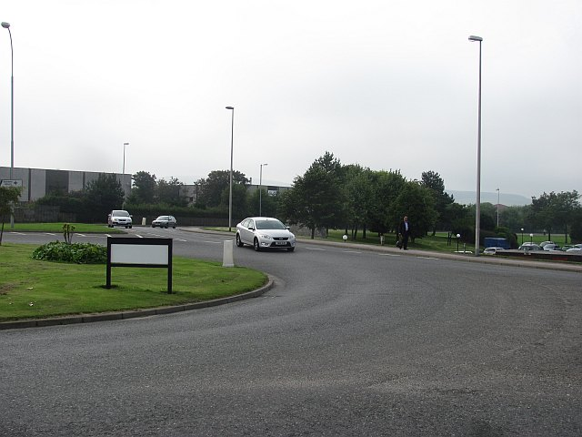 Roundabout, Victoria Street