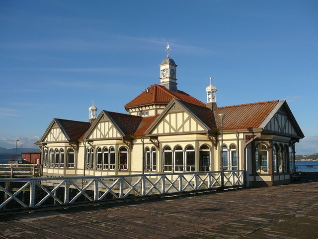 Old booking office at Dunoon Pier