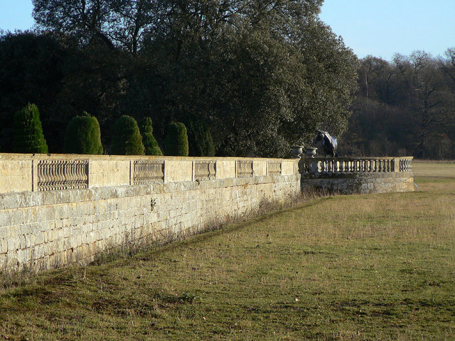 Garden wall and ha-ha