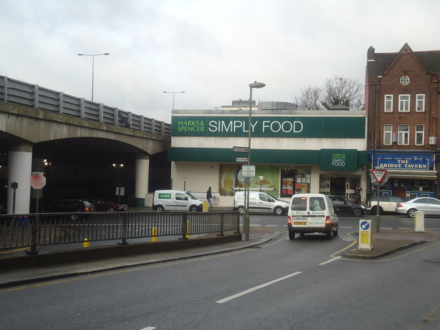 Marks & Spencer Simply Food, Mill Hill Broadway