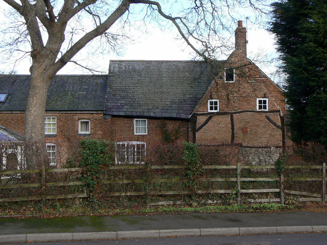 Holly Tree farmhouse (2)
