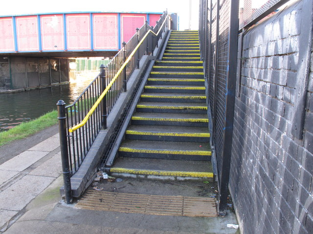 Bridge 6 Paddington Arm, steps with cycle channel to Scrubs Lane