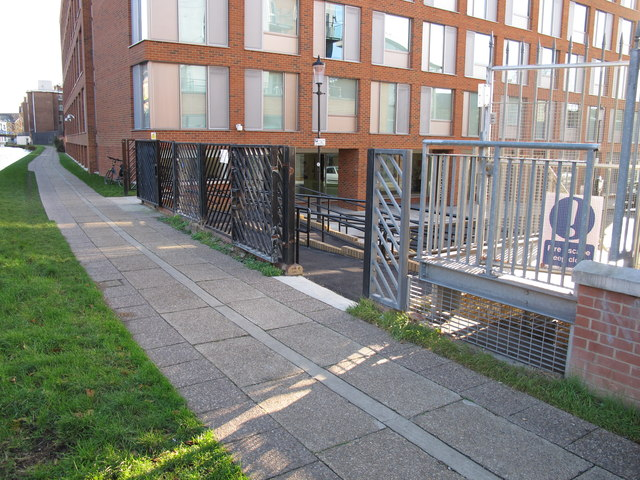 Paddington Arm - Alderson Street access