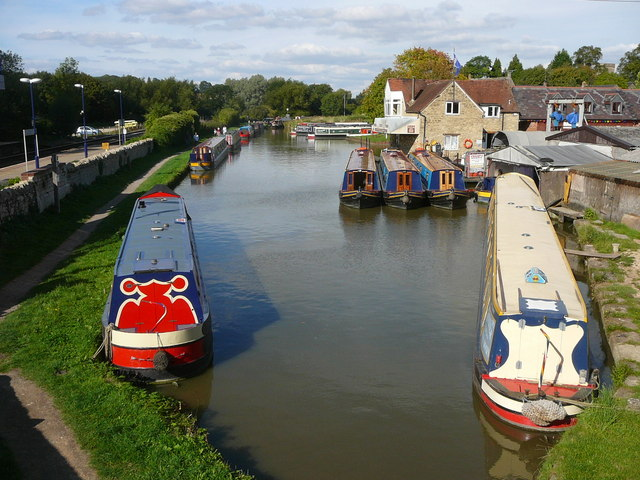 Heyford Wharf on the Oxford Canal