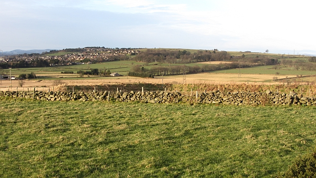 Dykes near Long Cairn