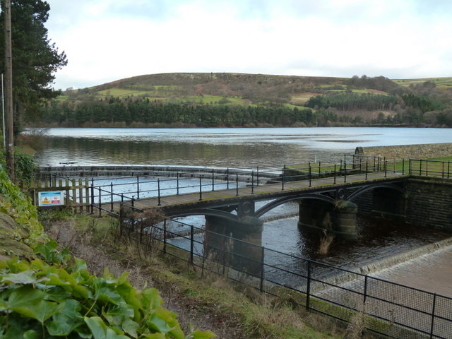 Agden Reservoir and the outflow