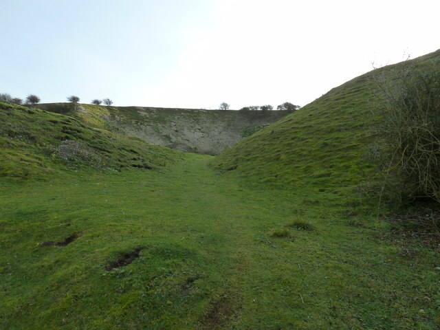 Disused chalk pit on Malling Hill