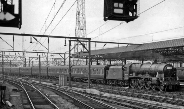 Crewe Station recently electrified, south end with Euston - Liverpool express