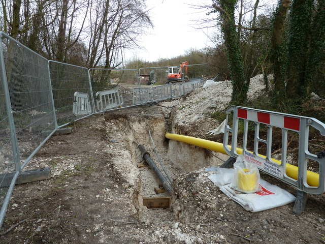 Gas supply pipe replacement on Cliffe Hill