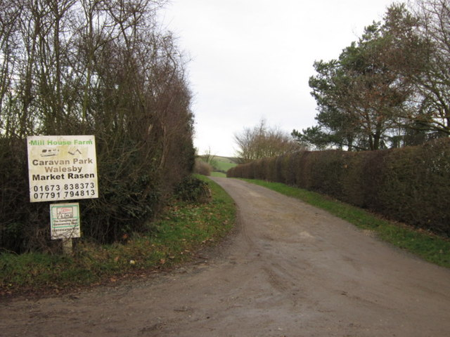 The entrance to Mill House Farm
