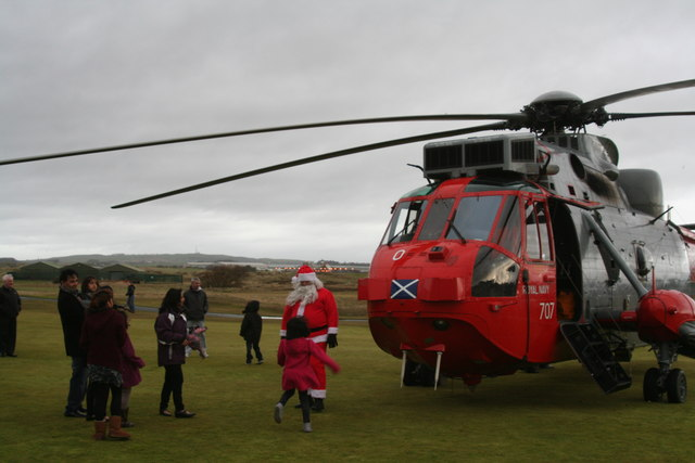 Santa Drops in at Malcolm Sargent, Prestwick
