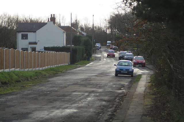 Old road at Whitley Bridge