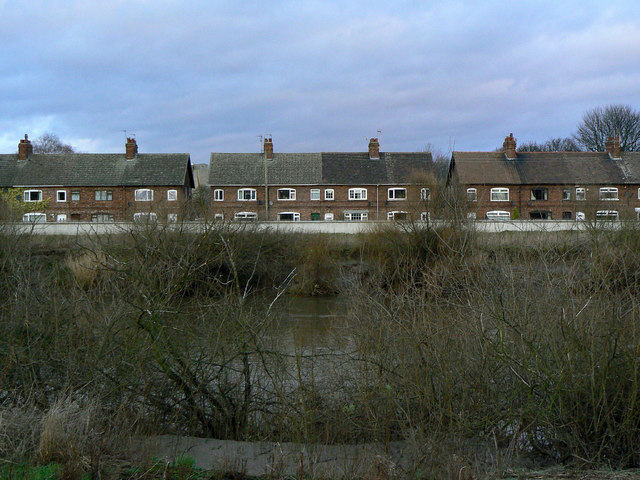 Ouse Bank cottages