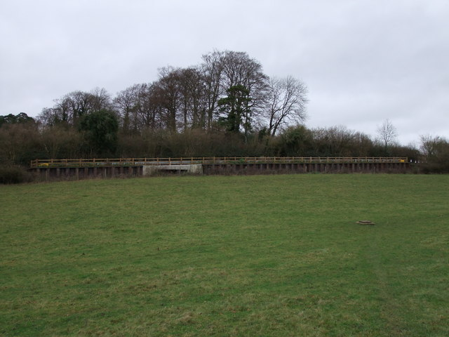 Embankment carrying Bunker's Lane through Bunker's Park
