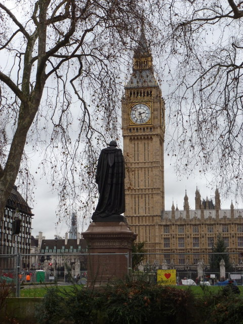 London: Big Ben from across Parliament Square