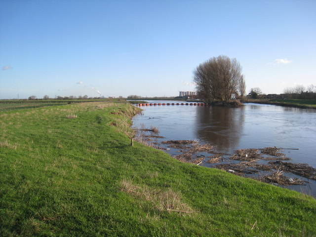 The River Aire at Beal (2)
