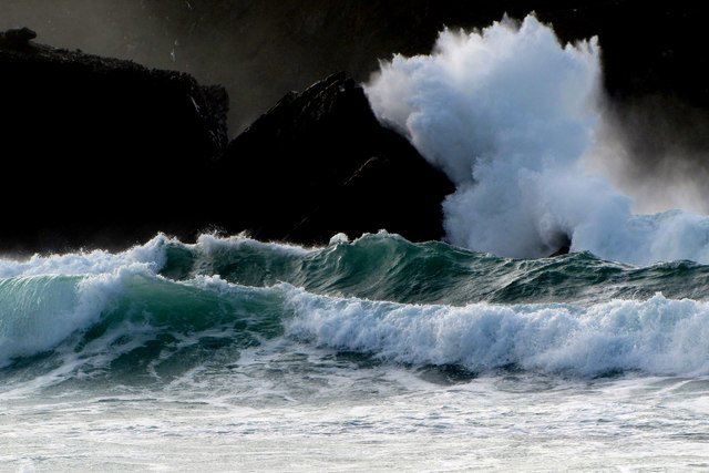 Swell on Clogher Beach