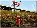 J4880 : Pillar box, Bangor by Albert Bridge