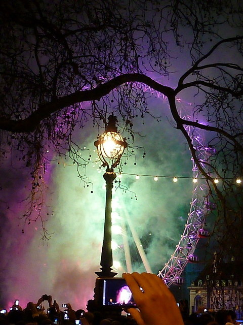 London: New Year fireworks (4)