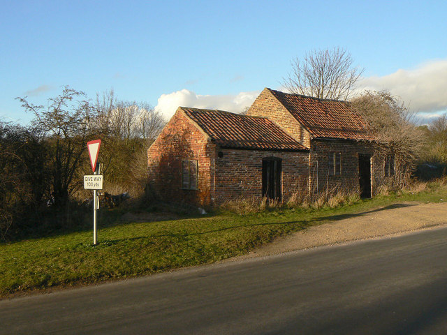 Old building on Pinfold Lane