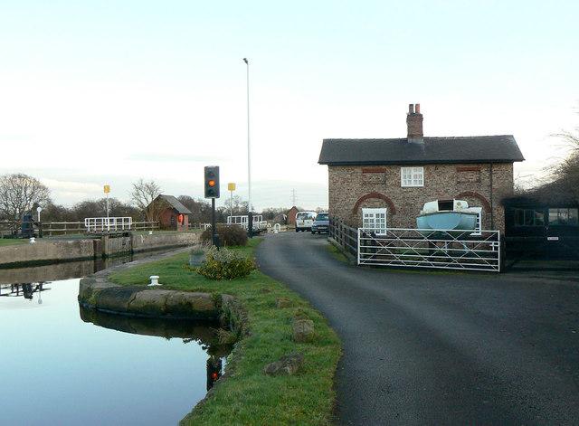 Pollington Lock (2)