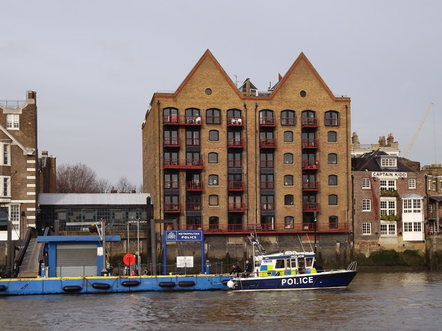 River Police, Wapping