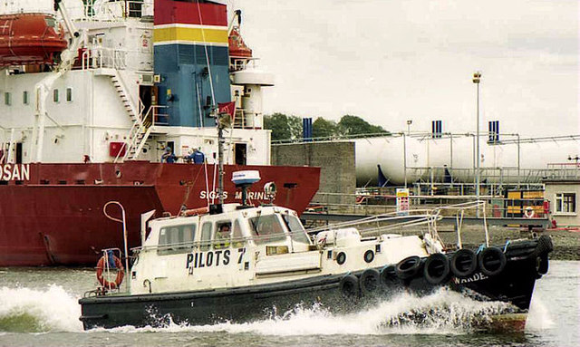 "The River Boyne pilot boat ""Warden"""