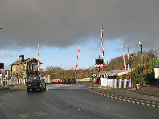 Malton signal box and level crossing