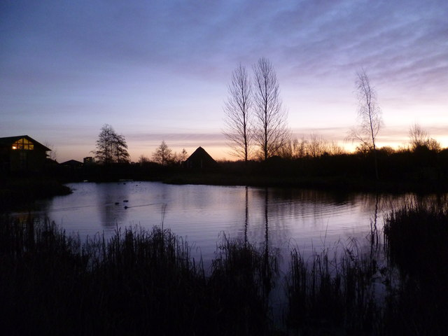 The London Wetland Centre before sunrise in winter