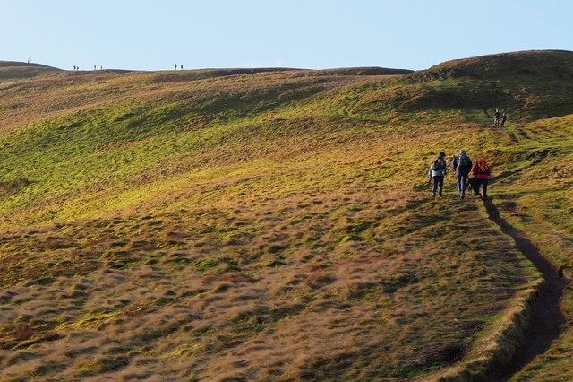 Approaching the summit ridge, Turnhouse Hill