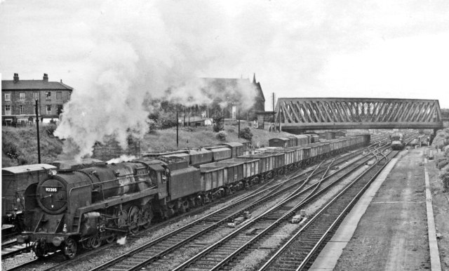 Up freight passing York Racecourse (Holgate) station