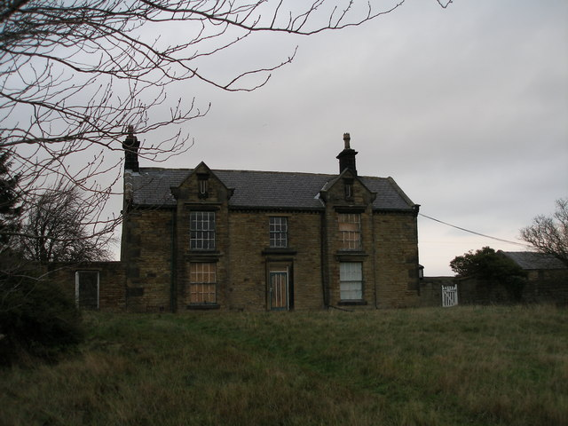 Emley Lodge