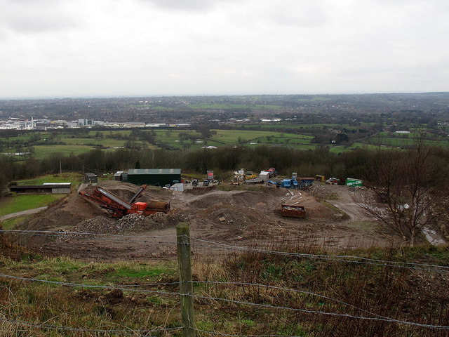 Quarry workings on Kerridge Hill