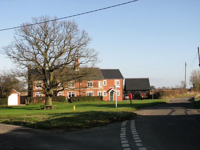 Red-brick cottages at Bacon's Green, Holton St Mary