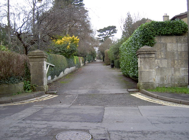 Southern entrance to Park Gardens
